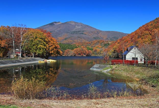 写真: 長老湖の美しさ