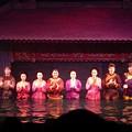 写真: 水上人形劇