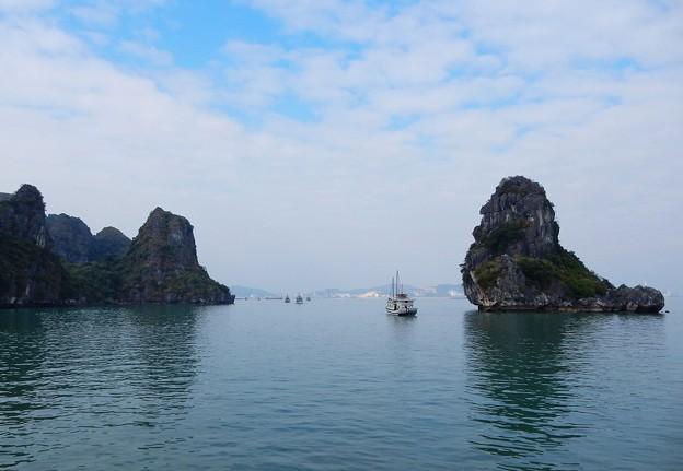 写真: ベトナムのハロン湾