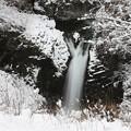 極寒時の不動滝