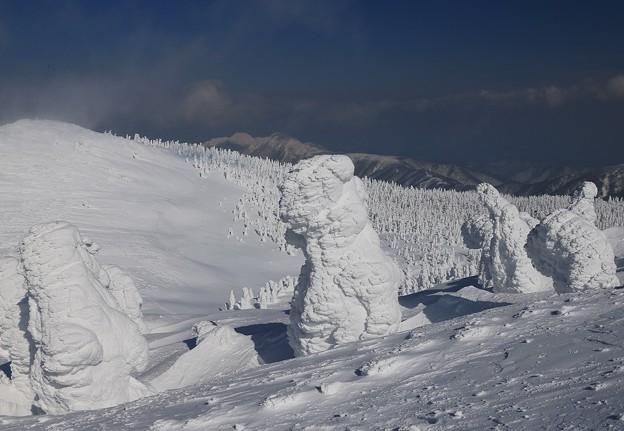 写真: 樹氷の造形