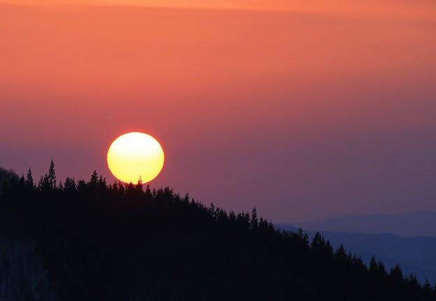 写真: 蔵王の夕陽