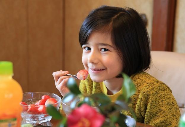 苺食べて復興応援