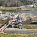 写真: 撮り鉄の集まる橋