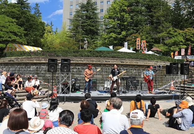 写真: ジャズ響く仙台街角