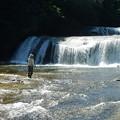 写真: 滝撮り人
