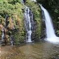 写真: 銀山川の白銀の滝