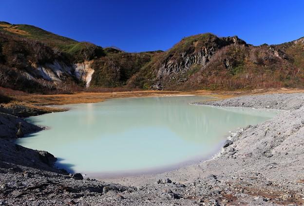写真: 味わい深い昭和湖
