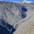 写真: 深山の滝