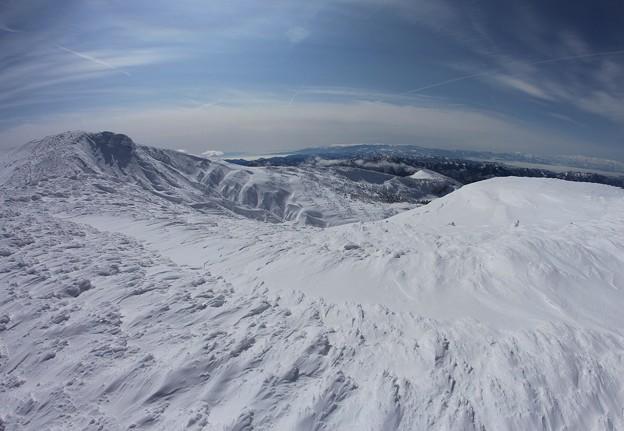 写真: 真冬の熊野岳