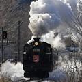 写真: 迫力の蒸気機関車