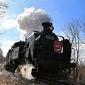 疾走する蒸気機関車