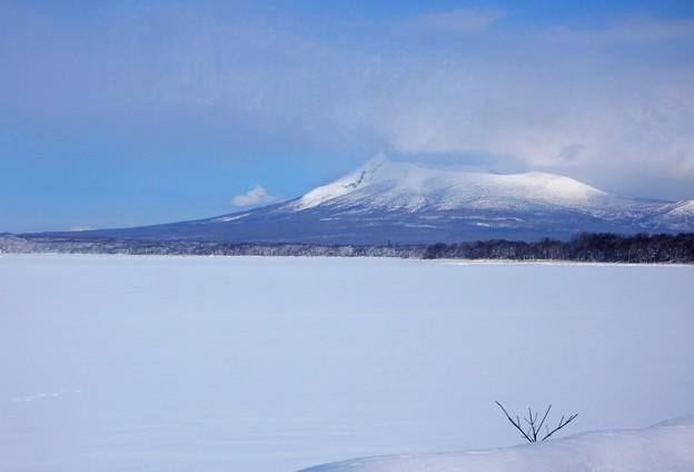 写真: 白銀の北海道