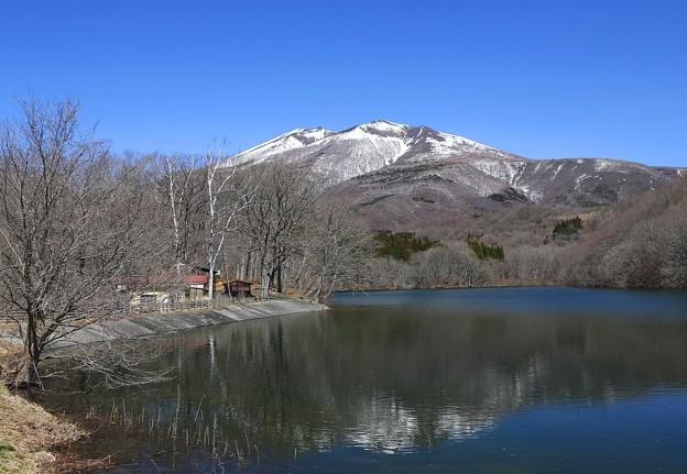 春の長老湖