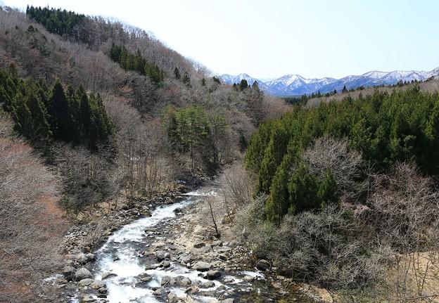深山の横川渓谷