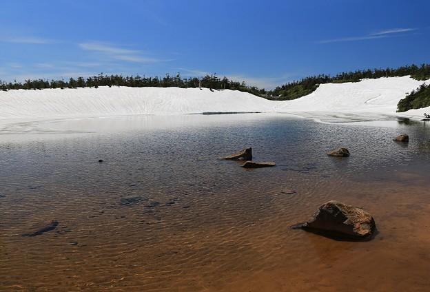 写真: 幽寂の湖
