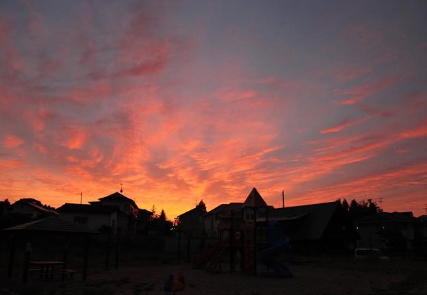 Photos: 空が燃える