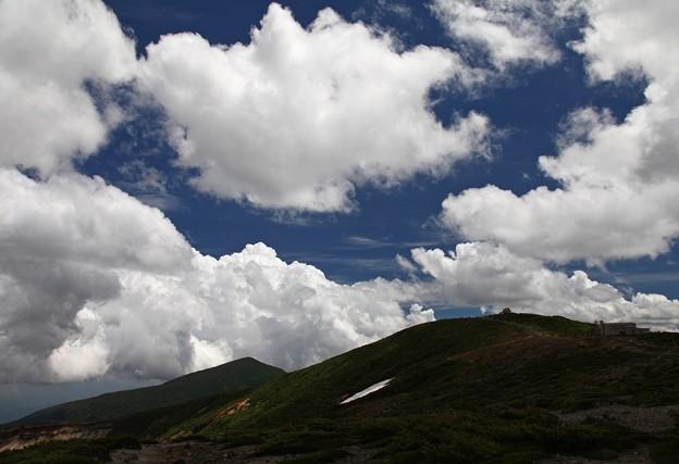 Photos: 雲湧く夏の山