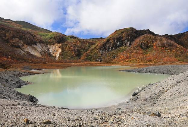 昭和湖の神秘さ