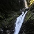 写真: 雨乞の滝(雌滝)