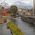 写真: 富士の見える町