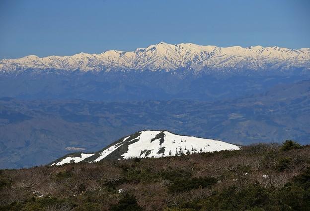 Photos: 遥かなる朝日連峰
