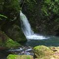 清水流れる光明の滝