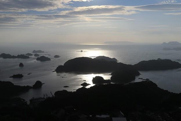 輝く海の九十九島