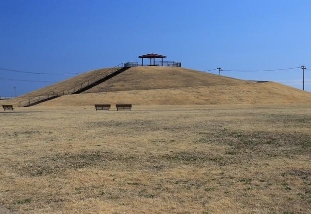 吉田浜の避難の丘