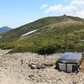 Photos: 地震観測中