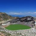Photos: 青い空に緑の湖水