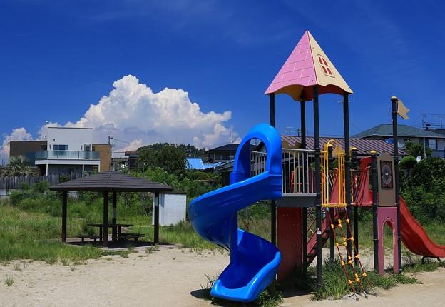 真夏の児童公園