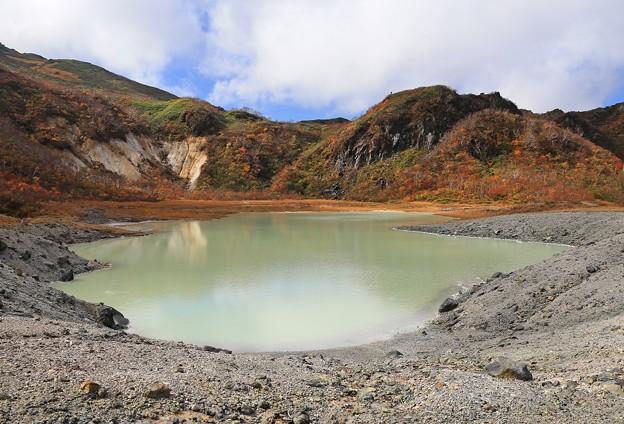 美しい昭和湖だが