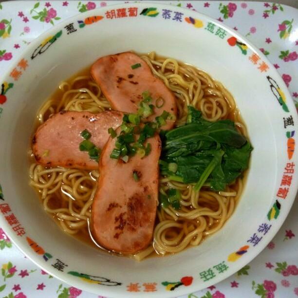 究麺 醤油味@自宅。