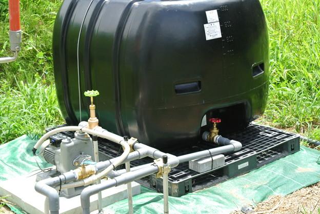 Photos: ハウスかん水の配管