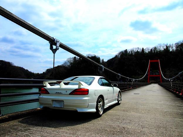 橋とシルビア