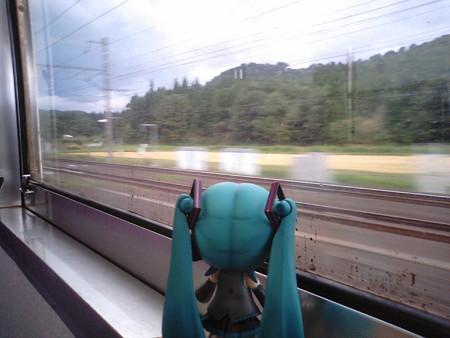 新中小国信号所。ここでJR北海道の海峡線と分岐します。ここから三...