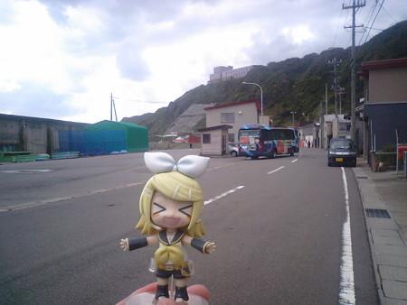 龍飛漁港に到着。 リン:「あぁぁン、やっぱり寒いワァーー(≧▽≦)ノ