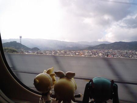 博多→熊本間、筑紫山地に突入する 35パーミルの新幹線最急勾配を登っ...