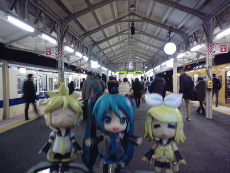 ミク:「下関駅に無事着きました! 長らくの乗車お疲れ様でした!」 ...