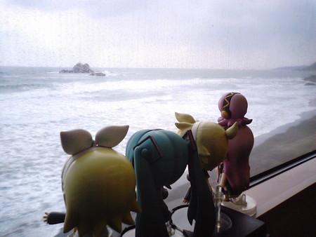 三保三隅→折居間。 ルカ:「本当に素晴らしい眺めです♪」 リン:「...