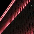 神戸大丸 赤色のライトアップ