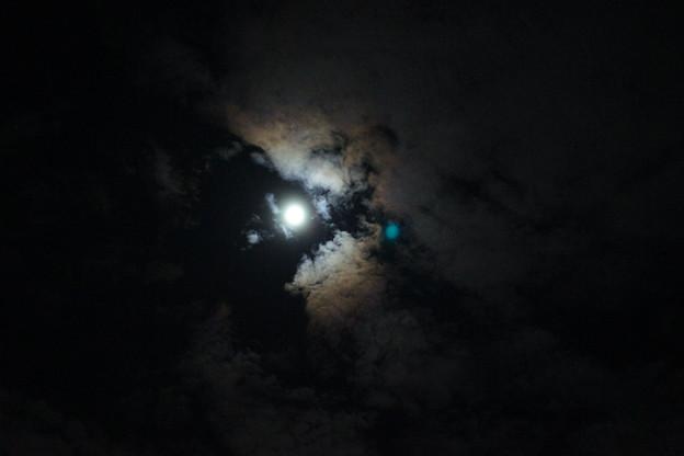 薄雲の中の中秋の名月_02