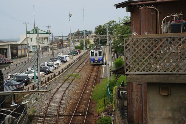 三国港駅 見下ろすホーム_01