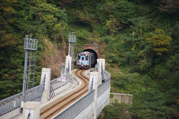 余部橋りょう ラッピング電車_01