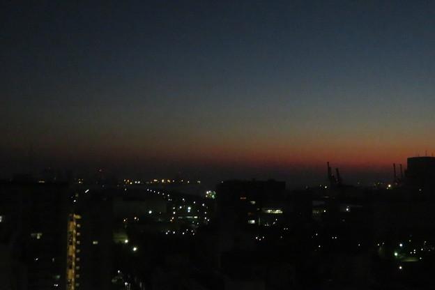 ポーアイ 夜明け前_01