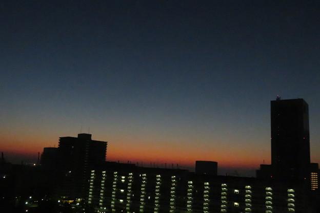 ポーアイ 夜明け前_03