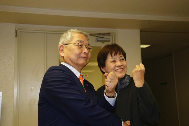 40_津川さんとポーズ_03