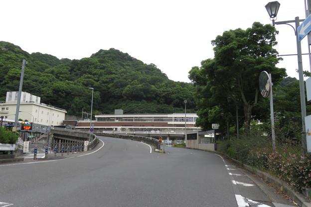 新神戸駅南交差点