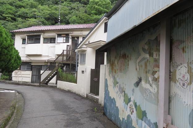 布引滝への道_02